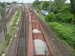 Goederentrein(Emmerich 16-6-2012) (Ronnie Venhorst) Tags: train is zug db wat dit trein dbs railion schenker emmerich goederentrein zelflosser