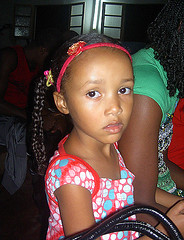 Christmas in Church  -  Monte Café, Sao Tome Highlands (__ Sascha Grabow __) Tags: africa christmas xmas church café girl natal weihnachten island navidad kid highlands cafe catholic child central daughter iglesia kirche mama insel kind highland seven igreja sascha sasha curious monte sasa noël filha sao messe enfant curiosity fille ilha eglise mädchen soeur equator tochter shasha centrale isola continents afrique katholisch garbo tome hija hochland grabow cawa satcha grabo äquator zentralafrika schascha sevencontinents saschagrabowcom saschagrabow