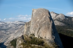 HALF DOME PROFILE (bydamanti) Tags: mountains landscapes yosemite halfdome yosemitenationalpark usnationalparksandplaces usnationalparks hillsandmountains nationalparkphotography nationalparksnationalmonuments afsdxvrzoomnikkor18200mmf3556gifedii mountainscanyons pureyosemite planetearthmountains