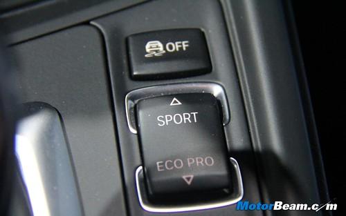 2012-BMW-3-Series-F30-06