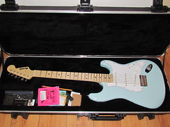 Cased (GearBoxTy) Tags: case fender custom stratocaster hardtail electricguitar skb ernieball warmoth sonicblue superslinky canonpowershotsx30is