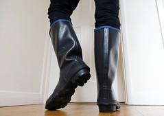 Archive (essex_mud_explorer) Tags: century vintage boots rubber wellington wellingtonboots rubberboots gummistiefel wellingtons gumboots madeinbritain rainboots uniroyal bluetrim rubberlaarzen