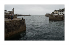 Porthleven II (Christa (ch-cnb)) Tags: cornwall england uk english channel porthleven coast harbour historic fishing port rain fog boat wetsuit girls pier jumping diving olympus omd em5mkii microfourthirds mzd1240mm pro zuiko