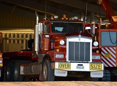 Ex Lamatina's (quarterdeck888) Tags: trucks transport roadtransport haulage lorry class8 tractortrailer overtheroad heavyhaulage australianroadtransport nikon d7100 semitrailer frosty quarterdeck flickr jerilderietrucks jerilderietruckphotos truckphotos australiantruckphotos expressfreight freight roadfreight truck kenworth t650 oversize lamatinas