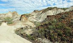 Hoodoo Trail (Mala Gosia) Tags: kajtek malagosia aug242016 eastcoulee drumheller alberta ab hoodoo hoodoos outdoor canoneosrebelt3i landscape canada badlands
