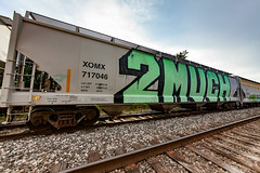 (o texano) Tags: houston texas graffiti trains freights bench benching 2much roller