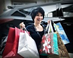confessions of a shopaholic (-liyen-) Tags: selfportrait game smile shopping fun happy hobby passion getty shopaholic pregame selfie shoppingbags activeassignmentweekly challengeyouwinner pregamesweep