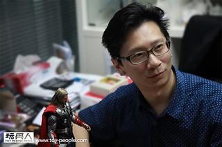 玩具人專訪Hot Toys 創辦人Howard,玩具探險隊潛入Hot Toys 總部報導!敬請期待!!!