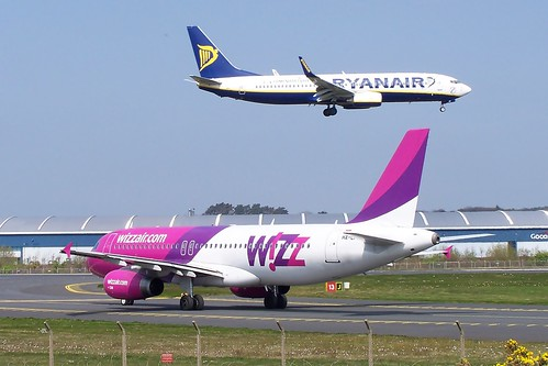 Ryanair Wizz by markyharky, on Flickr
