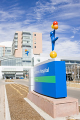 The Children's Hospital (ArtHouse Design) Tags: usa hospital design us colorado exterior graphic environmental places denver aurora signage co northamerica childrens healthcare wayfinding arthouse tch donorrecognition