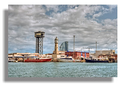 Retazos de Barcelona -El Puerto I (Tropic36 (off, sin tiempo...)) Tags: barcelona puerto nikon paisaje reloj teleferico d90 thegalaxy puertodebarcelona hotelvela abelaira mygearandme ringexcellence flickrstruereflection1 rememberthatmomentlevel1