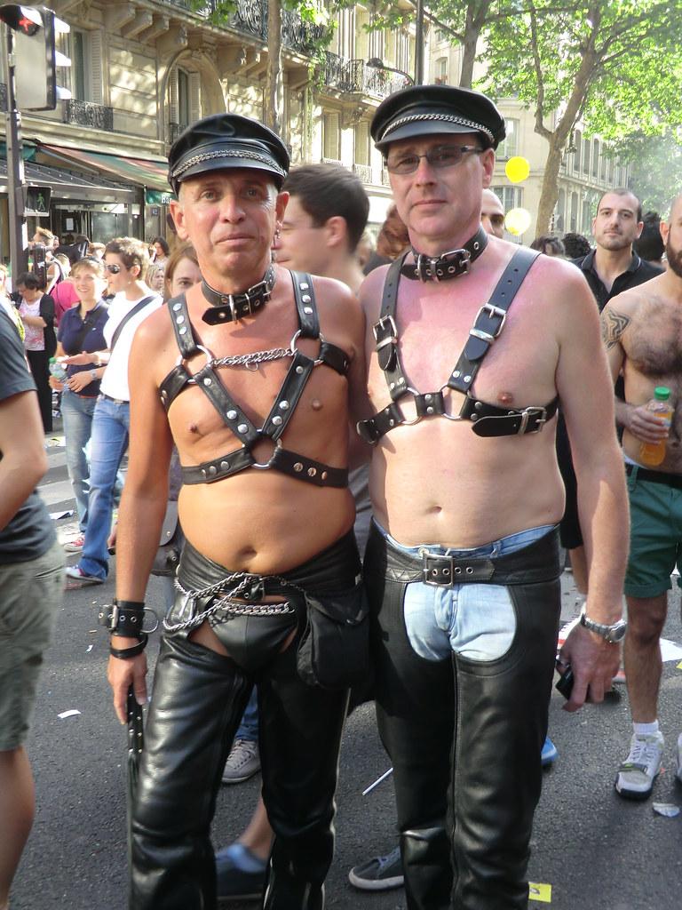 Gay military movie clips