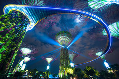 Gardens by the Bay, Singapore (TGKW) Tags: show trees light sky moon man gardens by night clouds marina garden botanical bay singapore made moonlight futuristic 8717 supertrees