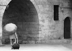 (Maríon) Tags: street travel bw white black turkey nikon istanbul marion reise tyrkia supermarion nesje d7000 marionnesje