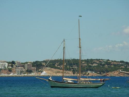 sailboat boat