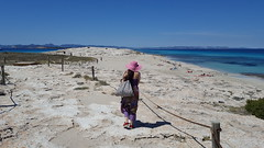 Take Me Back  #Formentera #SesIlettes #playa  #beach #woman #girl (! . Angela Lobefaro . !) Tags: hat pink rosa sea seaside summer isolebaleari balearicislands spain mobile samsung spring hut cappello water aqua wasser ocean mare mer mephisto ibiza sesilettes play beach spiaggia strand mountains montagne hills hill green nature unesco