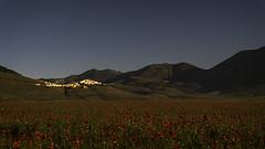 Belladinotte (Galep Iccar) Tags: light italy night landscape italia moonlight paesaggi paesaggio umbria norcia castellucciodinorcia