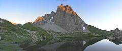Jean Pierre se rveil (Quentin Vial) Tags: ossau pyrnes pirineos mountain montagne lac pombie lake levdesoleil sunrise