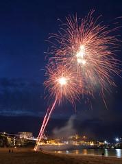 Fireworks 8 20160727 (Steve TB) Tags: broadstairs vikingbay beach sea fireworks canon eos5dmarkiii jetty bleakhouse