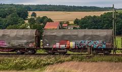 3001_2016_07_16_Haunetal_Neukirchen_DB_145_035_&_145_051_mit_gem_Gterzug_Bad_Hersfeld (ruhrpott.sprinter) Tags: ruhrpott sprinter deutschland germany nrw ruhrgebiet gelsenkirchen lokomotive locomotives eisenbahn railroad zug train rail reisezug passenger gter cargo freight fret diesel ellok hessen haunetal boxxboxxpress db egp ell hhla hsl hvle lbllocon metrans mrcedispolokdispo bb railpoolrpool rbh rhc schweerbau sbbc txltxlogistik wienerlokalbahnencargo 143 145 152 182 185 193 218 270 428 650 1264 1266 421 es64u2 es64f4 greencargo ice r5 outdoor logo natur sonnenaufgang graffiti rinder