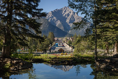 Banff (seryani) Tags: trip viaje trees summer vacation naturaleza mountain holiday canada mountains tree nature water ro forest canon river garden landscape rockies outdoors town nationalpark agua scenery holidays rboles view outdoor pueblo august paisaje agosto bosque alberta verano vista banff rockymountains montaa vacations vacaciones jardines forests smalltown canad montaas 2012 jardn banffavenue banffnationalpark rocosas bosques canadianrockies parquenacional airelibre minnewanka canadianrockymountains canonef2470f28l canon2470 montaasrocosas banffave canonef2470 canoneos5dmarkii parquedelanaturaleza 5dmarkii canadarockymountains august2012 summer2012 montaasrocosasdecanad verano2012 agosto2012 vacaciones2012 parquenacionaldebanff
