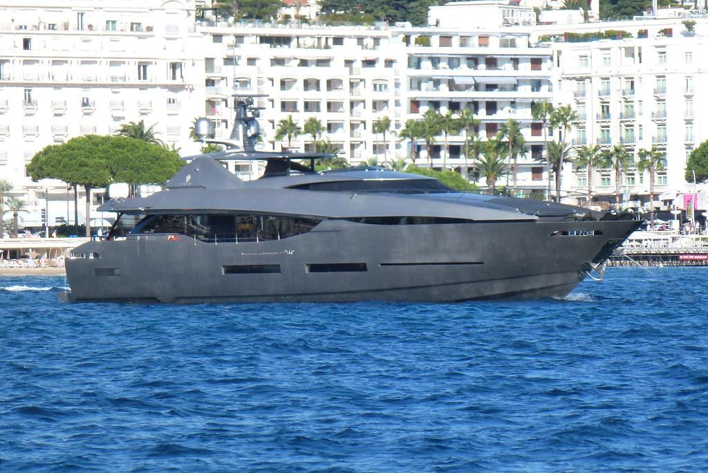 Fusion (Peri Yachts 37)