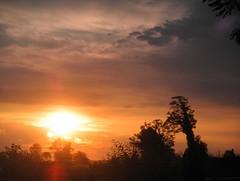 SUNRISE....Dedicated to Alba (l*aura**) Tags: orange sun clouds sunrise landscape nuvole you alba sole atmosfera arancio paesaggio perceptions atmosphera percezioni