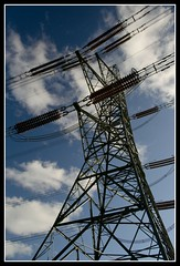 Electricity Pylon (mikeplonk) Tags: blue cloud southwales nikon kitlens pylon electricity 1855mm highvoltage cpl caerphilly polarizingfilter bedwas polarisingfilter d5100