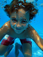 Underwater fun (Juampiter) Tags: cdgexplorer