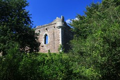 Doune Castle. (IMG_2028) (Robert G Henderson (Romari).) Tags: doune castle august 2016 scotland