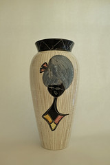 _DSF1318 (dekker@dekker) Tags: italiy sgraffito vase pottery ceramics