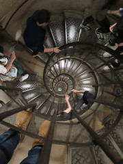 Spiral stairs inside the Arc de Triomphe (Howard Goes Travel) Tags: arcdetriomphe placecharlesdegaulle paris