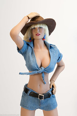 Cowgirl Stormy (edwicks_toybox) Tags: 16scale cowboyboots cowboyhat cowgirl femaleactionfigure phicen seamlessbody stormytempest