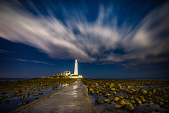 St. Mary's under the Stars [Explored 28/9/16] (Tony Emery Fotos) Tags: st marys lighthouse north east whitley bay stars astro astrophotography clouds night