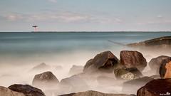 Maasmond Noorderdam (BraCom (Bram)) Tags: longexposure light sea lighthouse holland canon licht rotterdam rocks widescreen nederland thenetherlands noordzee zee le northsea 169 vuurtoren maasvlakte zuidholland rotsen breedbeeld langesluitertijd canonef24105mm nd110 maasmond 110nd bracom maasvlakterotterdam noorderdam bw110endgrey canoneos5dmkiii bramvanbroekhoven