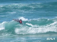 Surfista saltando (Franchipack) Tags: sea mar surf surge ola pantin