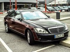 Mercedes S500 with Maybach Design (15skyline15) Tags: black sports wagon mercedes hamburg performance zeppelin s65 s f1 63 special sl mercedesbenz series concept gt dtm edition ml package coupe 62 57 sls amg sl65 2012 roadster brabus hamann gt3 maybach jungfernstieg fail sclass e63 exelero eclass slk55 cl65 ml63 57s usw landaulet s63 cls63 c63 cl63 sl63 widestar g63 gl63 xenatec 15skyline15