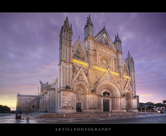Orvieto Cathedral, Umbria, Italy :: HDR (:: Artie | Photography ::) Tags: italy church architecture photoshop canon luca ancient catholic cathedral roman mosaic gothic engineering structure fisheye handheld duomo 15mm f28 ef hdr umbria signorelli orvieto artie cs3 1209 3xp photomatix tonemapping tonemap 1591 duomodiorvieto orvietocathedral 5dmarkii 5dm2