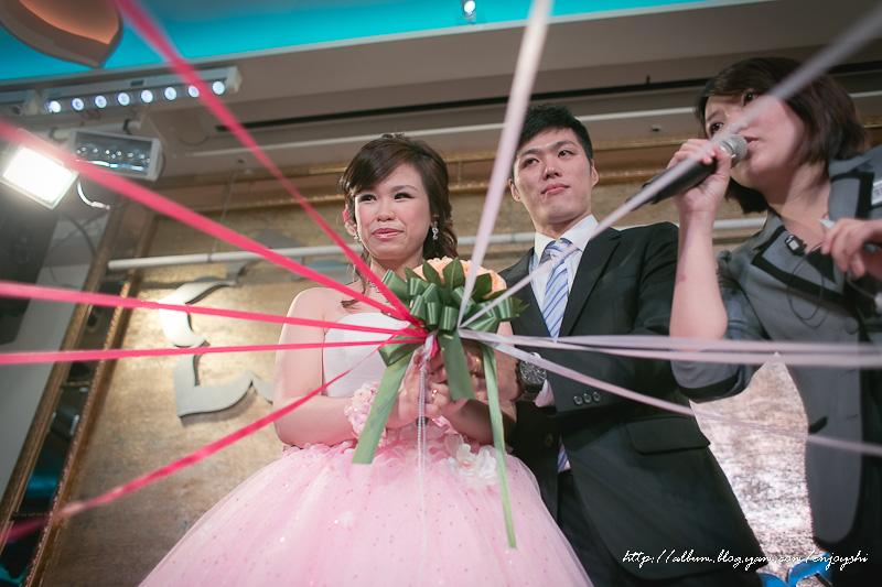 炳霖 依萍 結婚-0240.jpg