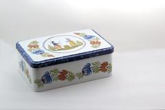 souvenir de la Bretagne (Micheo) Tags: memories recuerdos souvenirs box caja galletas galletes biscuits blanco white