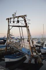 Porticello: fra barche e pescherecci (costagar51) Tags: porticello santaflavia palermo sicilia sicily italia italy mare anticando