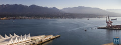 Vancouver Harbour Panorama (felix.hohlwegler) Tags: canada kanada vancouver city bigcity citylive water sea ocean harbour seafront shoreline shore coast boats wasser canon canoneos canoneos7d photography dust mountains berge outdoor america amerika