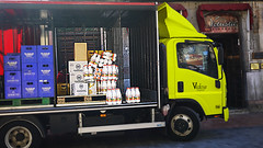 19-09-2016 013 (Jusotil_1943) Tags: furgon yellow leche cajas
