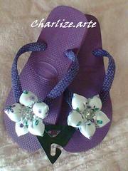 hav.roxo poá (Nina.artes) Tags: flores havaianas fuxico chinelos tecido personalizados