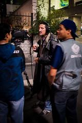 P8310029 (igorschutz) Tags: street brazil pessoas saopaulo sopaulo rua fone paulista televiso cmera calada cigarro avenidapaulista fumando reportagem fumante