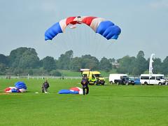 RAF Falcons @ The Ebor (Steve Barowik) Tags: york nikon display races falcons raf parachute knavesmire ebor nikon70200mmvr d7000 barowik stevebarowik sbofls26