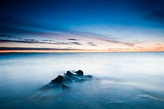 barns (tom fincher) Tags: longexposure morning sea beach sunrise dawn coast scotland rocks fife north scottish northsea standrews anstruther crail kingsbarns