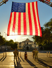 Tribute to the Fallen (Jeff Clow) Tags: bravo unitedstatesofamerica salute 911 soldiers tribute thealamo sanantoniotexas usaflag tpslandscape gpsetest