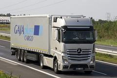 Mercedes-Benz Actros MP4 (Czyzu) Tags: mercedes benz cargo mp4 gaja actros pluss