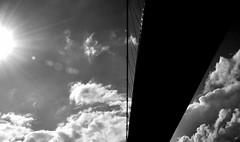 ponti (viaggiaresiii) Tags: light sky bw sun nuvole nuvola bn cielo sole luce raggi ponti raggio tagviaggia